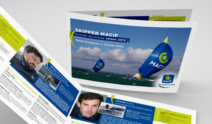 A4 Horizontal Brochure Mockup-2015